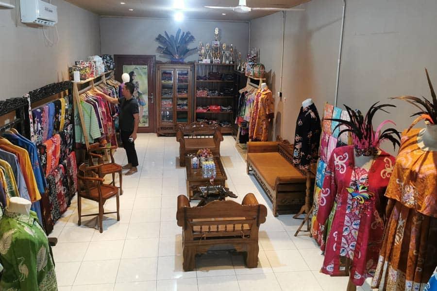 Toko Batik Kuntul Perak