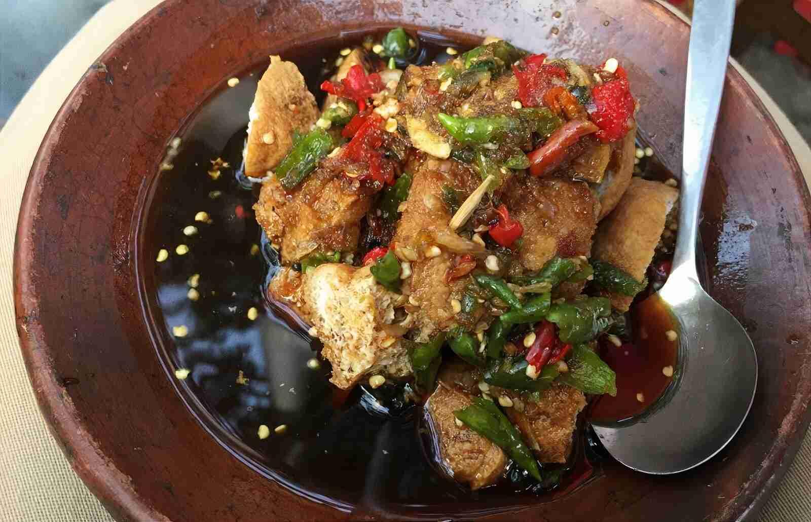 Resep Tahu Gejrot Cirebon Praktis, Pedas dan Nikmat